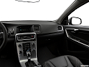2018 Volvo S60 T5 Dynamic, center console/passenger side.