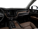 2018 Volvo XC60 T5 Momentum, center console/passenger side.