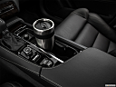 2018 Volvo XC90 T6 Momentum, cup holder prop (primary).