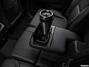 2018 Volvo XC90 T6 Momentum, cup holder prop (quaternary).