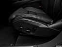 2018 Volvo XC90 T6 Inscription, seat adjustment controllers.