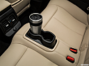 2019 BMW 2-series 230i, cup holder prop (quaternary).