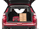 2019 Chevrolet Traverse High Country, trunk props.
