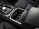 2019 Chrysler 300 Touring, cup holders.