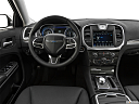2019 Chrysler 300 Touring, steering wheel/center console.