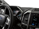 2019 Ford F-250 SD Lariat, gear shifter/center console.