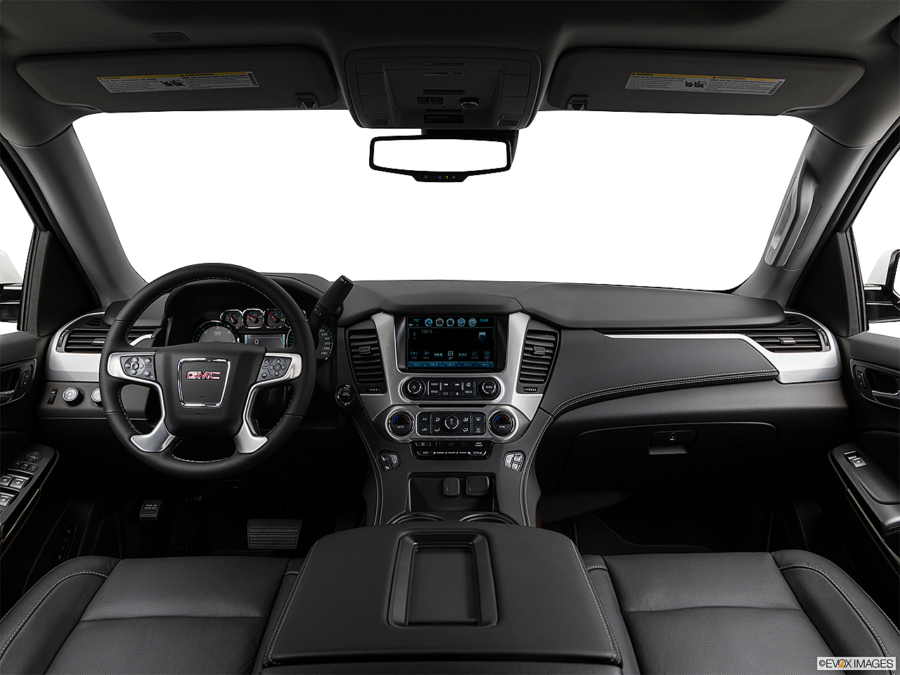 2019 GMC Yukon XL SLT, centered wide dash shot