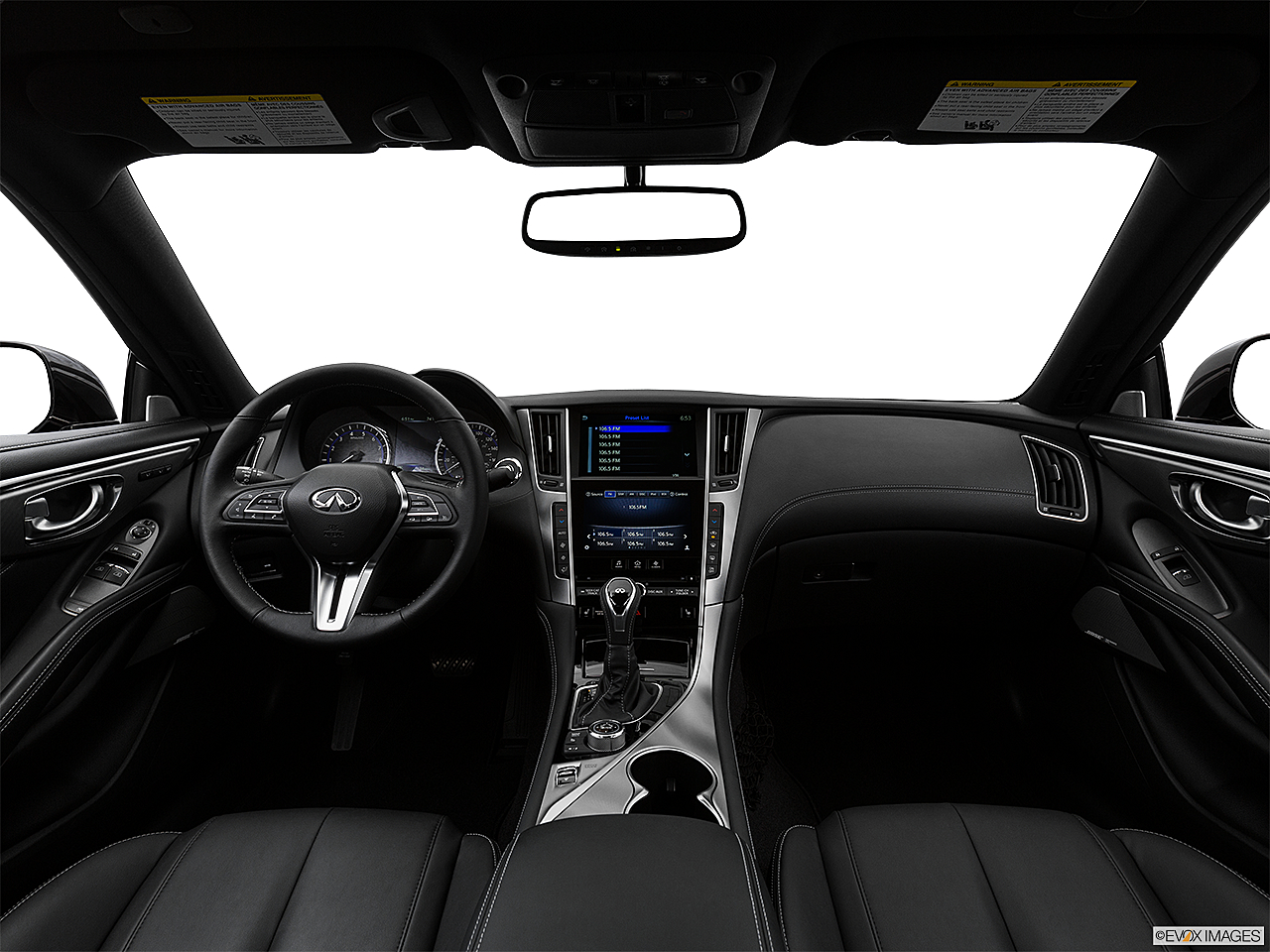 2019 Infiniti Q60 3.0t LUXE, centered wide dash shot