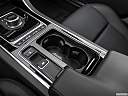 2019 Jaguar XE 25t Premium, cup holders.