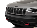2019 Jeep Cherokee Trailhawk Elite, close up of grill.