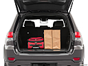2019 Jeep Grand Cherokee Overland, trunk props.