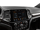 2019 Jeep Grand Cherokee Overland, heated seats control