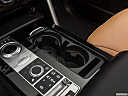2019 Land Rover Discovery HSE Luxury, cup holders.