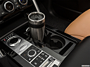 2019 Land Rover Discovery HSE Luxury, cup holder prop (primary).