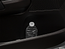2019 Land Rover Discovery HSE Luxury, cup holder prop (tertiary).