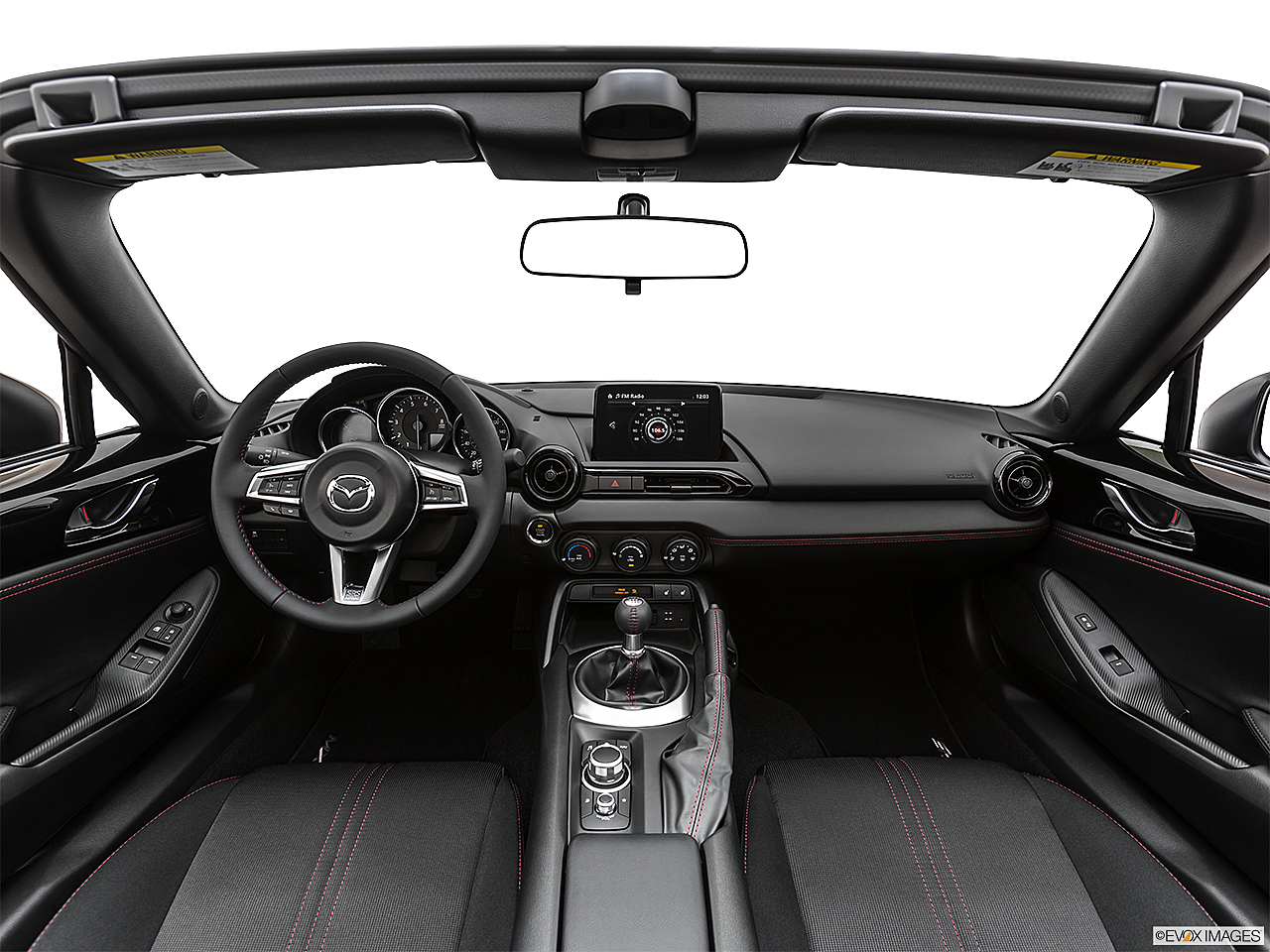2019 Mazda MX-5 Miata Club, centered wide dash shot