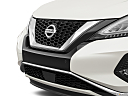 2019 Nissan Murano Platinum, close up of grill.