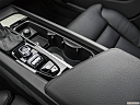 2019 Volvo S60 T5 Inscription, cup holders.