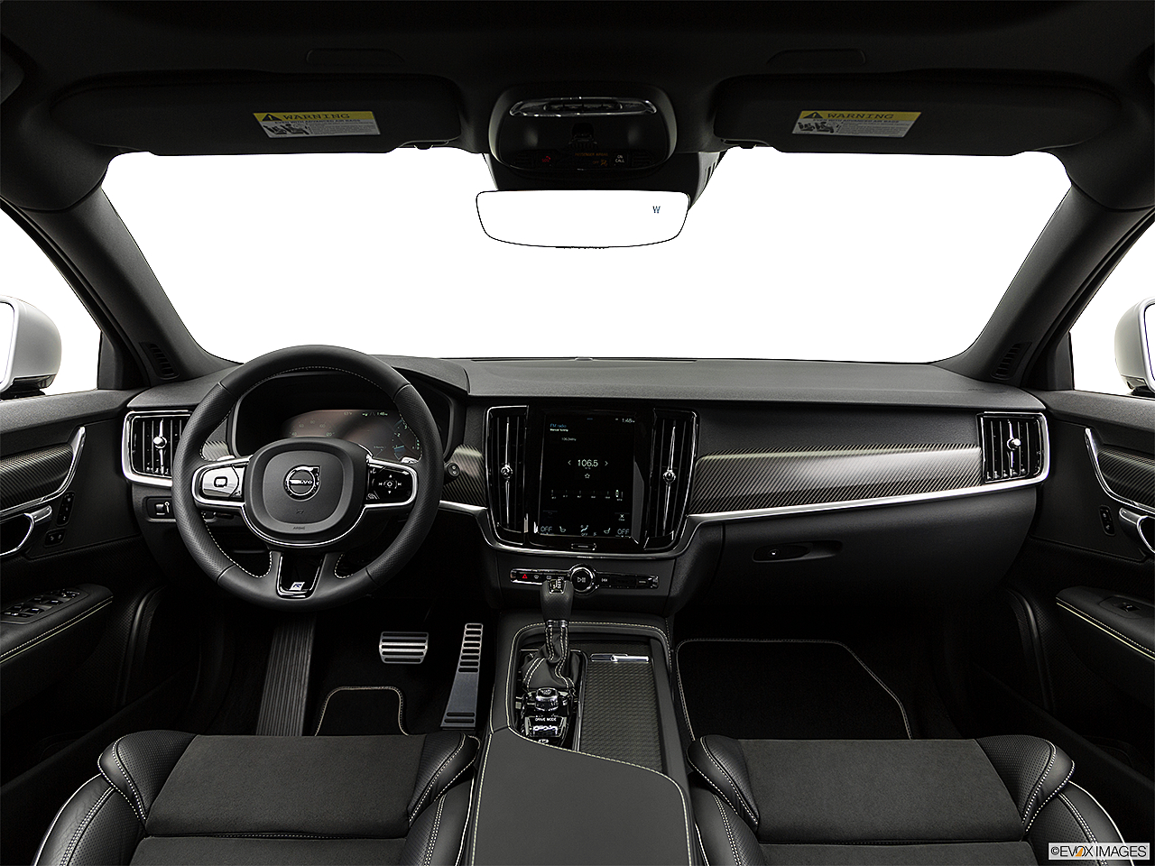 2019 Volvo V90 T6 AWD R-DESIGN, centered wide dash shot