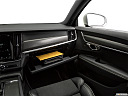 2019 Volvo V90 T6 AWD R-DESIGN, glove box open.
