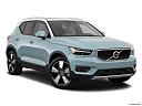 2019 Volvo XC40 T5 Momentum AWD, front passenger 3/4 w/ wheels turned.