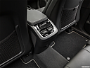 2019 Volvo XC90 T6 Momentum, rear a/c controls.