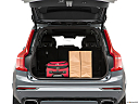 2019 Volvo XC90 T6 Momentum, trunk props.