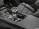 2019 Volvo XC90 T6 Momentum, cup holder prop (primary).