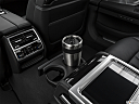 2020 BMW 7-series 750i xDrive, cup holder prop (quaternary).