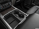 2020 Ford F-250 SD Lariat, cup holders.