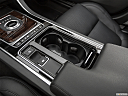 2020 Jaguar XF 30t Prestige, cup holders.