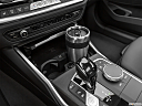 2021 BMW 3-series 330e, cup holder prop (primary).
