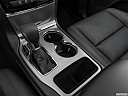 2021 Jeep Grand Cherokee Limited, cup holders.