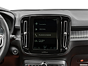 2021 Volvo XC40 T5 AWD R-Design, closeup of radio head unit