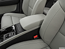 2021 Volvo XC40 T4 Inscription, front center console with closed lid, from driver's side looking down
