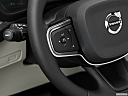 2021 Volvo XC40 T4 Inscription, steering wheel controls (left side)